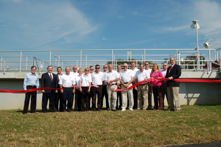 A ribbon cutting in Oxford, PA