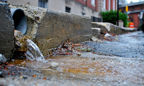 Keep drains free of debris for best stormwater practice